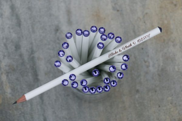 Svatební tužka s rytinou a fialovým krystalem Swarovski